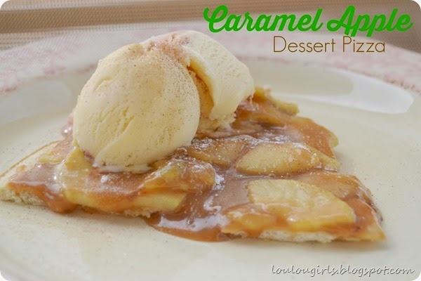 Caramel-Apple-Dessert-Pizza