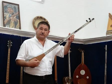 19. Cantaret popular Uzbekistan.JPG
