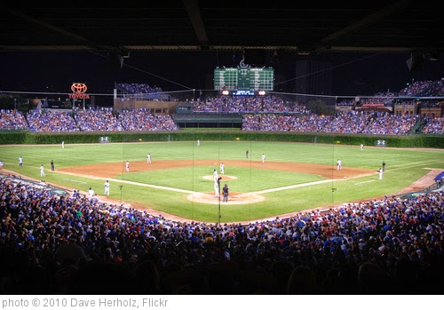 'My first night game at Wrigley' photo (c) 2010, Dave Herholz - license: https://creativecommons.org/licenses/by-sa/2.0/
