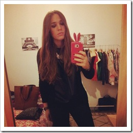 party night look black style in madrid