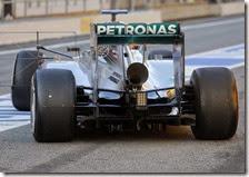 I nuovi scarichi provati dalla Mercedes