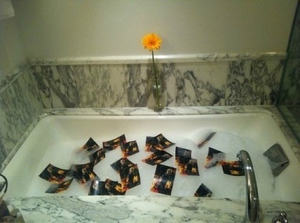 она в ванной