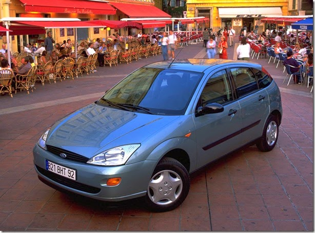 autowp.ru_ford_focus_5-door_hatchback_61