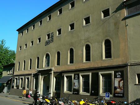 Lucerne: Hotel Lowen Graben