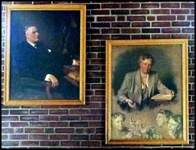 1e - Visitor Center - Portraits