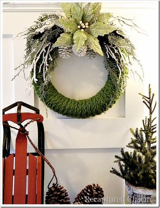 finger knitted christmas wreath12a