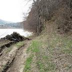 Очередная закончившая дорога вдоль р. Юрюзань