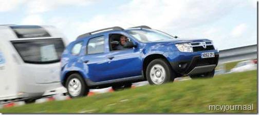 Dacia Duster caravantrekker 2013 01