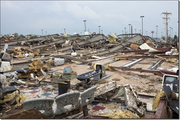 oklahoma-tornado-destruction-13