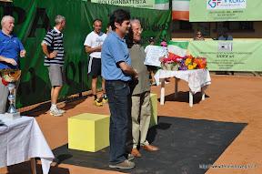 Riconoscimento al 3° presidente: dottor Ernesto Della Torre. Ritira il fratello dottor Carlo. Consegna l'assessore allo sport dottor Adolfo Remedio.