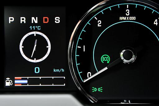 2013-Jaguar-XF-06.jpg