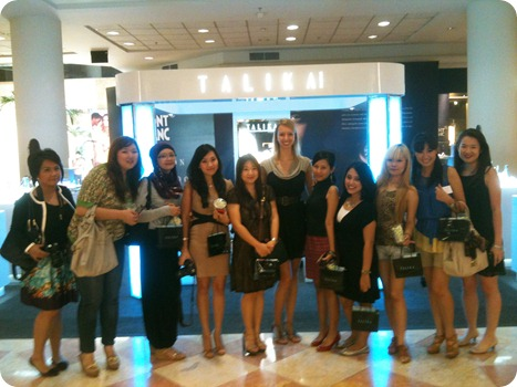 talika with beauty bloggers at metro senayan
