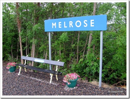 Melrose ex railway station closed in 1969. Train don't call here any more.