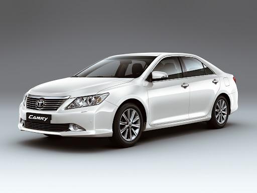 2012-Toyota-Camry-04.jpg