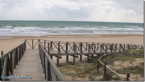 Pasarela de la playa de El Moncayo - Guardamar