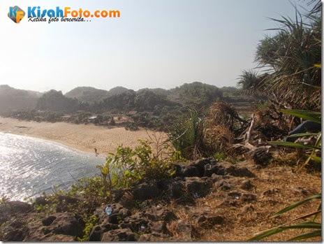 Tebing pantai watu kodok Drini_10