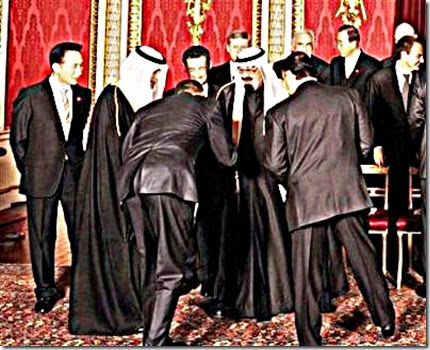 President Obama bows to the Saudi King