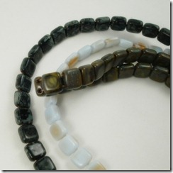 2-hole tile beads_2