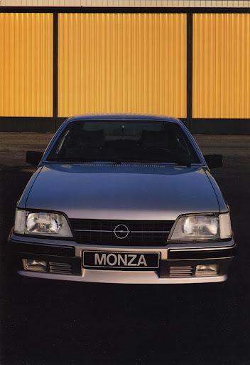 Opel_Monza_1984 (2).jpg