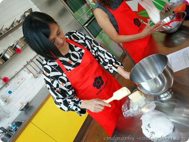 Mary Quant Baking Workshop24