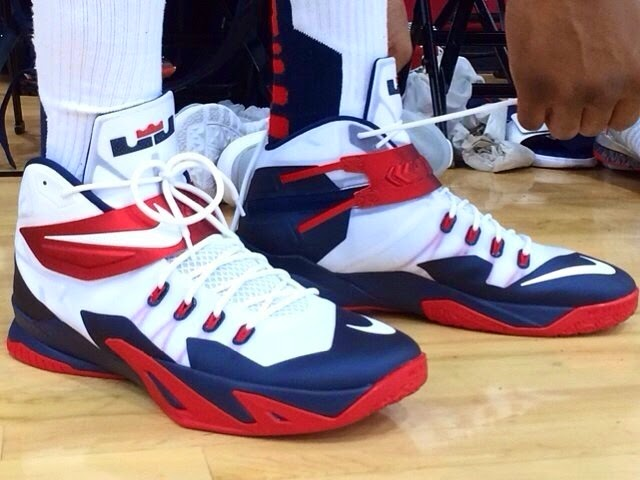 chaussures de basket nike zoom soldier lebron 8 usa