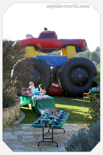 Bounce house truck