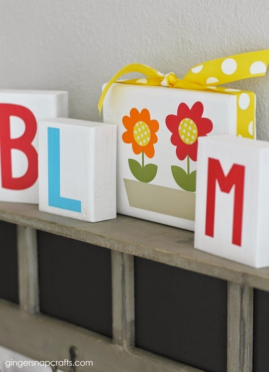 spring decor blocks