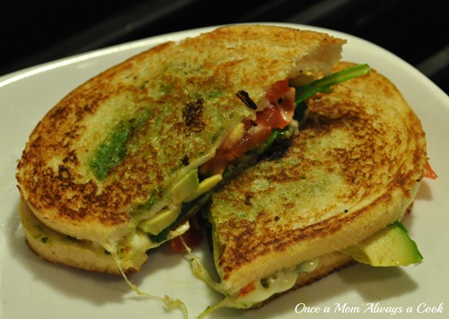 Pesto and Tomatoe Grilled Cheese