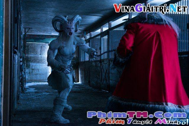 Xem Phim Ác Mộng Đêm Giáng Sinh - A Christmas Horror Story - phimtm.com - Ảnh 4