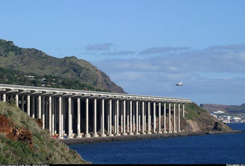 Madeira-Airport-1