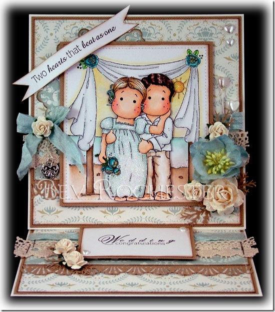 bev-rochester-magnolia-wedding-couple-easel-card