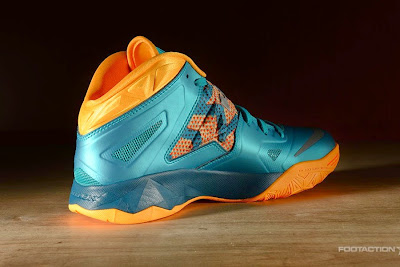 nike zoom soldier 7 gr turbo green 2 03 Release Reminder: Zoom Soldier VII Turbo Green / Atomic Mango