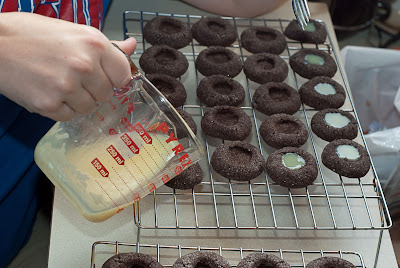 ChocolateMintThumbprintCookies05.jpg