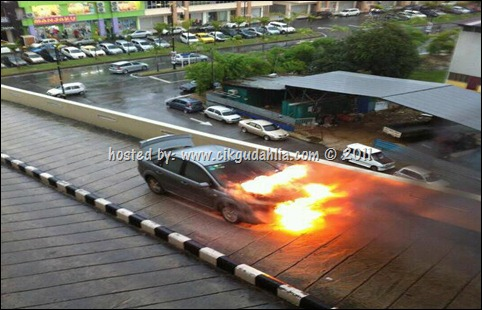 kereta terbakar ecm kuantan