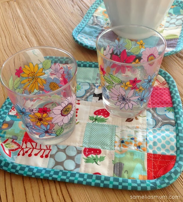 Scrappy Quilted Trivet - Blue (2)