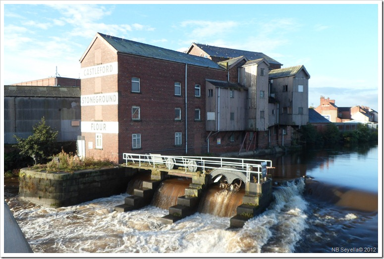 SAM_3635 Allinson Mill and Weir