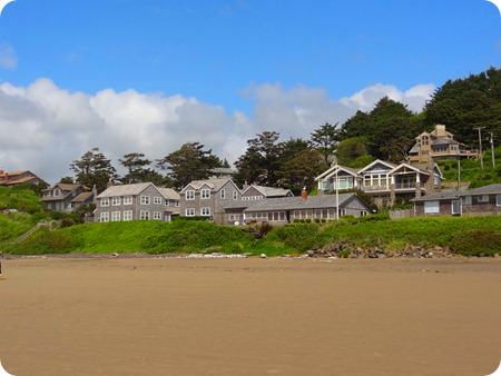 homes along beach