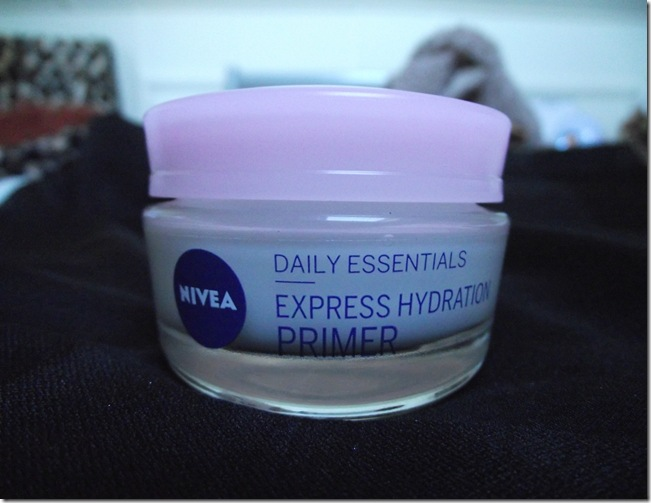 nivea express hydration primer dry sensitive