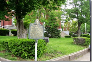 Wilderness Road marker in front of the Lincoln Co. Courthouse, Stanford, KY