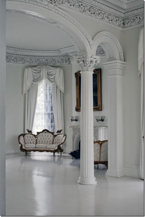 classic-sofa-in-white-room