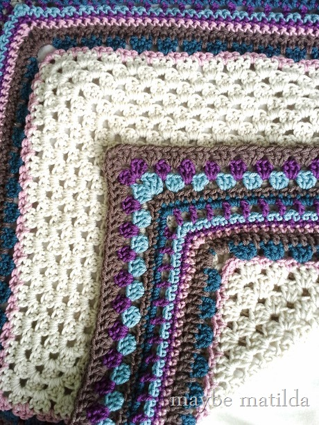 Fun mixed stitch border for a crochet baby blanket