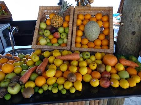 08. Fructe in Mauritius.JPG