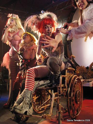 Emilie Autumn un The Bloody