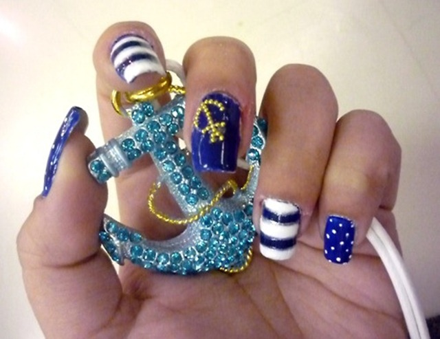July 4th Nails_7
