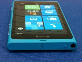 Nokia800