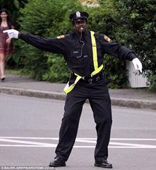 Shaquille O'Neal - полицейский