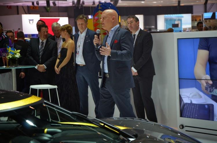 Koenigsegg%252520Agera%252520S%252520Hundra%2525207 Koenigsegg One:1   One HP per Kilogram Hypercar