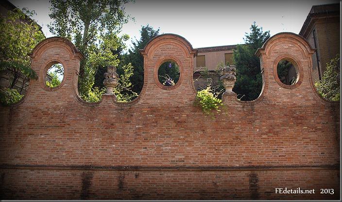 Palazzo Gigioli-Varano - Palace Giglioli, Ferrara, Italy, foto2