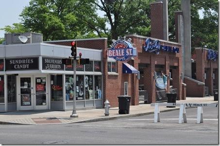 06-09-11 Memphis Beale St 08