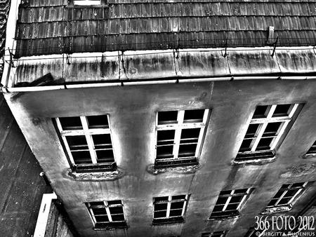 2012_026_0107_fonster